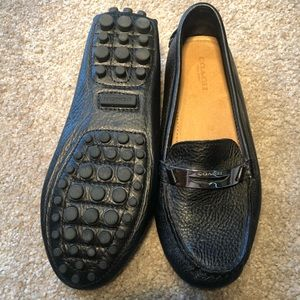 Like new! Coach Leather Loafers, Size 6B